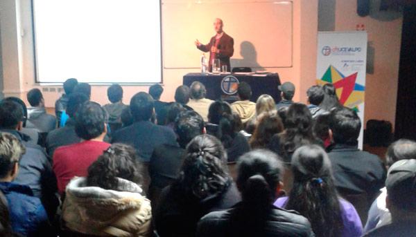 Charla Becas Técnicos para Chile 2016