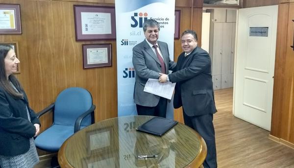 Firma Convenio de Cooperación Mutua con Dirección Regional del Servicio de Impuestos Internos