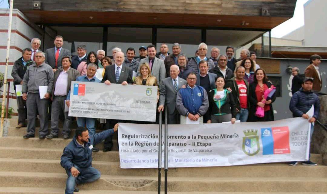 Entrega de Fondos Concursables a Pequeños Mineros de la Región de Valparaíso