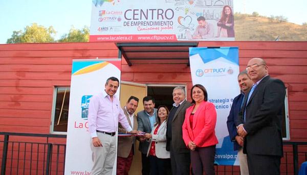 Inauguración Centro de Emprendimiento La Calera y Certificación Talleres