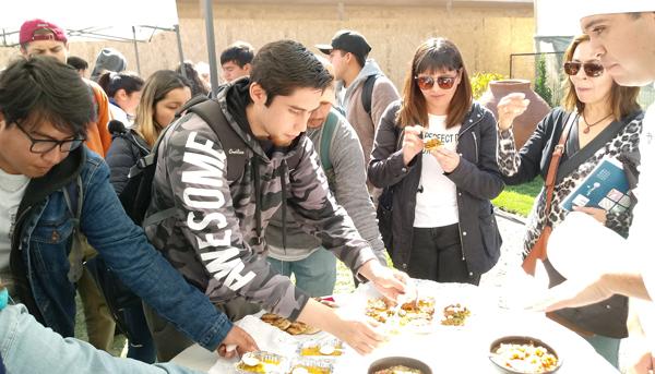 Alumnos de Quillota celebran Día Nacional de la Cocina Chilena