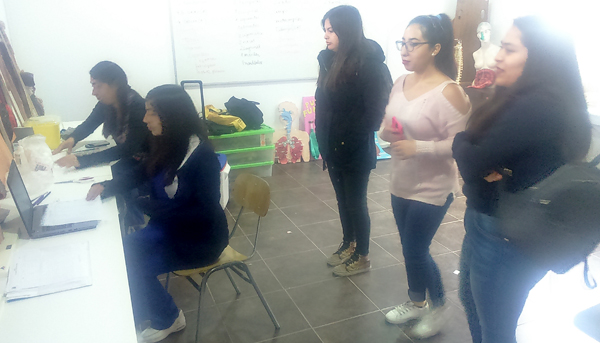 Alumnas de Salud reciben  vacuna contra el Sarampión, Campus Quillota