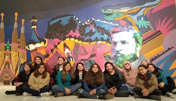Visita de Estudiantes de TNS en Educación Parvularia 2do año a Exposición de Gaudí en Valparaíso