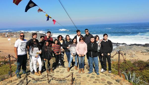 Visita pueblo de Pomaire y casa Pablo Neruda en Isla Negra