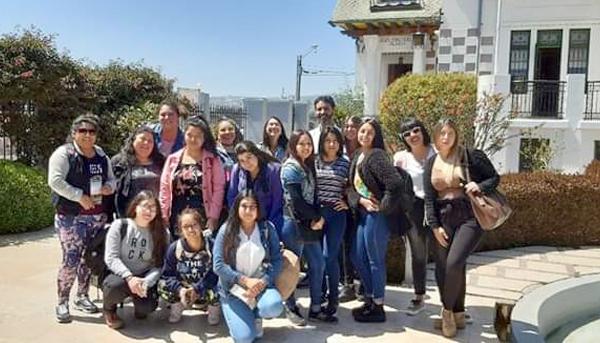 Estudiantes carrera TNS en Educación Parvularia segundo semestre Sede La Calera, realizan un recorrido patrimonial por Valparaíso