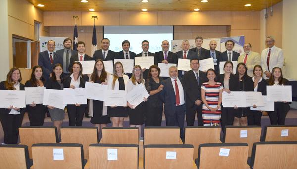 20 profesionales paraguayos cursaron exitosamente su Diplomado en Finanzas Corporativas con certificación internacional