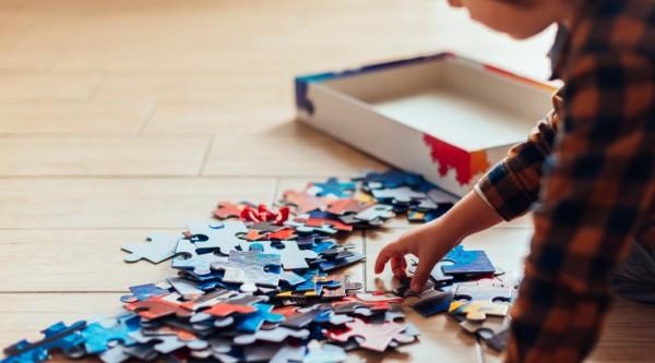 SEMINARIO: Trastorno del Espectro Autista en niñas, niños, adolescentes y adultos; Diagnóstico, Estimulación temprana, Educación y Leyes en discapacidad / viernes 9 octubre / 18:00 hrs.