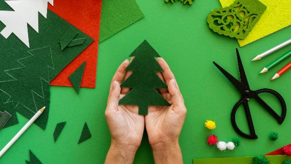 CURSO: «Manualidades navideñas» / viernes 13 noviembre al 18 diciembre / 16:00 a 18:00 hrs.