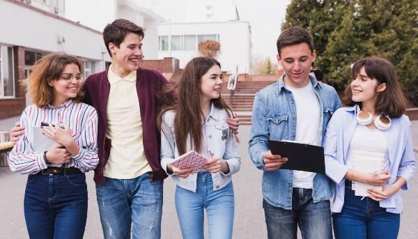 DAE CFT PUCV prepara actividades prácticas sobre el proceso de Acreditación para estudiantes