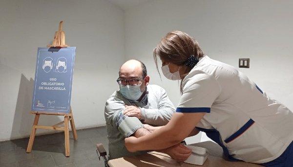 Estudiantes del Centro de Promoción de Salud del CFT PUCV Campus Quillota realizan primer operativo «en terreno» para detectar oportunamente patologías en la comunidad quillotana